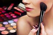 vredit-li-dekorativnaya-kosmetika-kozhe